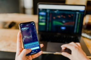 An Overview On the Advantages and Disadvantages of CFDs